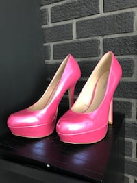 pair of pink leather platform stilettos Surrey, V3R 8C6