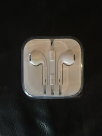 iPod earbuds North Dumfries, N0B