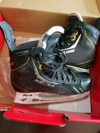 """Bauer size 3.5 Hockey skates new blades  laces and shin gaurds 11""""."""