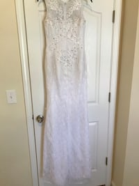 Vision in White Sleeveless Gown New Orleans, 70127