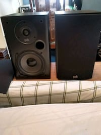 New polk audo bookshelf speakers Willowbrook, 60527