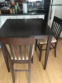 Kitchen dark wood table with 2 chairs Toronto, M3H 5W9