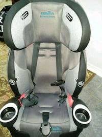 baby's gray and black Graco car seat Burlington, L7M 4N7