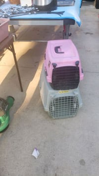 pet carriers  Oklahoma City, 73127