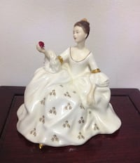 ROYAL DOULTON FIGURINE  ROYAL MY LOVE HN 2339