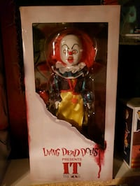 Pennywise living dead doll Toronto, M6G 1J9