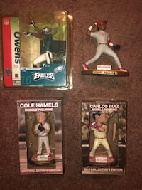 Phillies and eagles bobble figurines collectors edition Wilmington