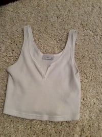 Aritzia crop top  Langley, V3A 8S7