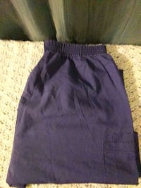 Size medium pocket scrub pants Georgetown, 19947