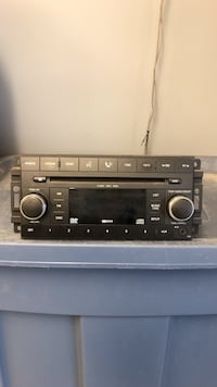 Factory Jeep radio Middlesex Centre, N0L