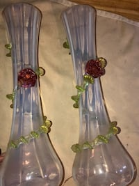 Pair of Vintage, Mid Century Stretch Glass Vases Mount Airy, 21771