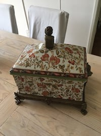White and red floral antique jewelry case   West Vancouver, V7V 2G9
