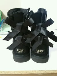 Brand new  us size 4 black  or 35 Calgary, T3K 5G1