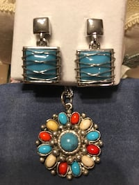 Pretty Silver Turquoise Pendant & Earring Set Gainesville, 20155