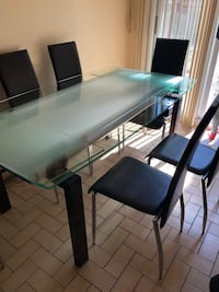 rectangular black wooden table with chairs Mascouche, J7L 3Z8