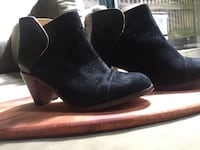 Wolverine black suede booties Vancouver, V6B 0A2