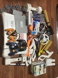 Nintendo Wii with accessories and games Toronto, M3J 1P1