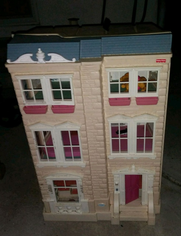 Used White And Pink Wooden Dollhouse For Sale In San Jose Letgo