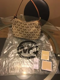 Authentic Michael Kors Purse Calgary, T2W