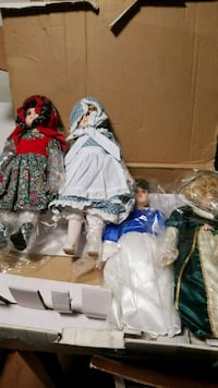 four several doll collections Richmond, 94804