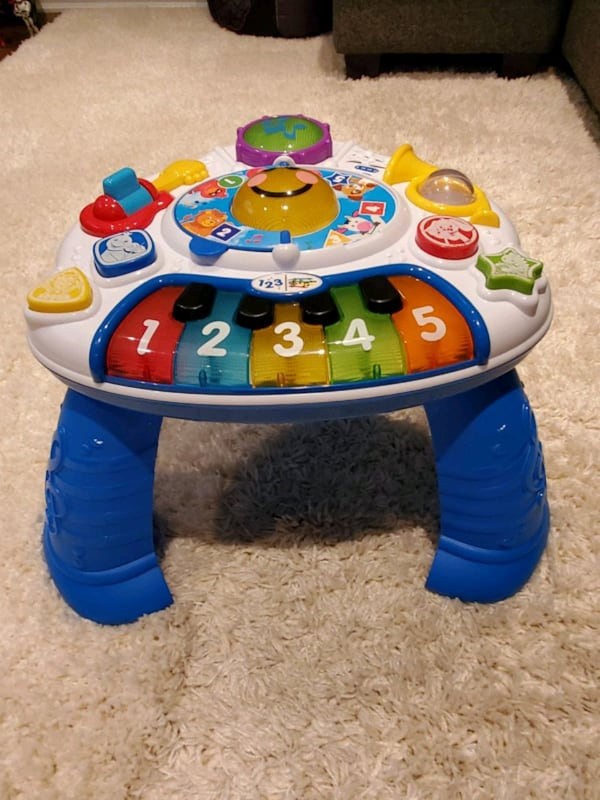 Baby Einstein™ Discovering Music Activity Table™    51f5335c-c934-4681-a851-a1c02c7d9905