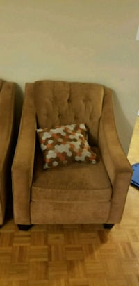brown fabric sofa chair with throw pillow 551 km