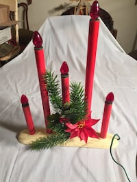 Vintage Christmas 5 candle Table Centre Piece (Electric) Edmonton, T6C 4C8