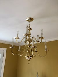10 light chandelier  Farragut, 37934