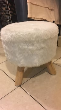 Vanity set bench white fur