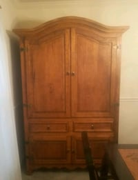 Country style Armoire  Middle River