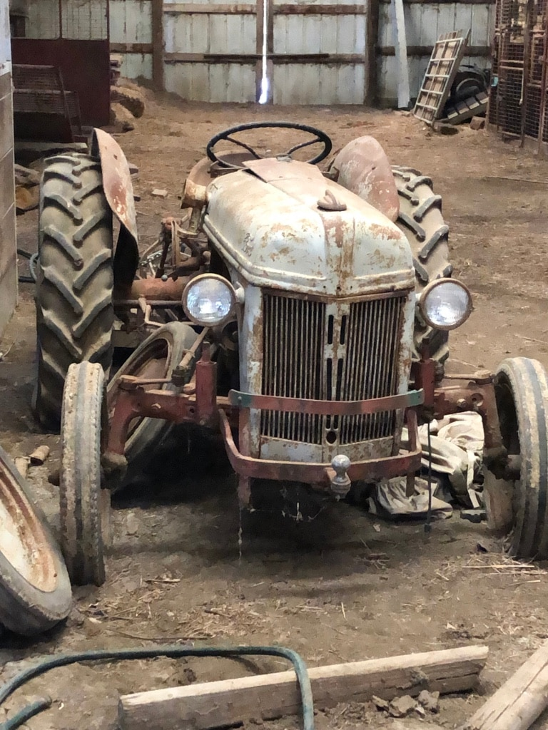 Photo Ford Tractor For Sale.