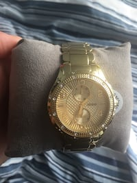 Exclusive guess watch brand new Langley, V3A 5X1