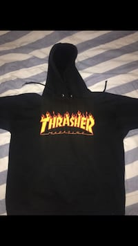 THRASHER JACKET SIZE SMALL *HOT SELL* GET IT WHILE ITS LOW 43 km