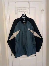 Men's wind breaker size L  Brampton, L7A 0A8