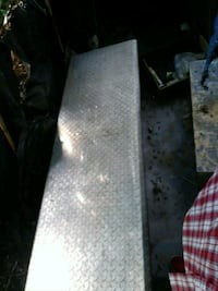 Metal tool box for back of truck Oxnard, 93036
