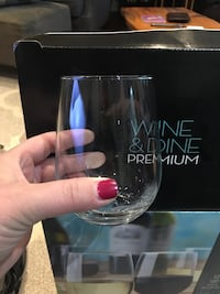 Stemless wine glasses Toronto, M6S 4B5