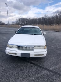 Ford - Crown Victoria - 1994