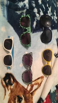 Five assorted sunglasses Portsmouth, 45662