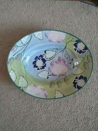 hand painted decorative plate. Lacey, 98503
