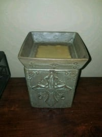 square brown wooden side table Summerville, 29483
