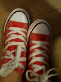 pair of white-and-red sneakers Woodbridge, 22192