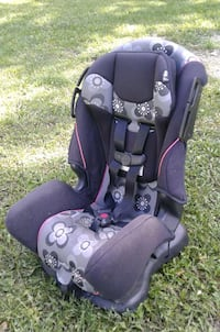 Safety 1st car seat Barrie, L4N 2X4