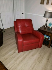 red leather recliner Christiana, 37037