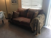 Sofa with loveseat togather Alexandria, 22304