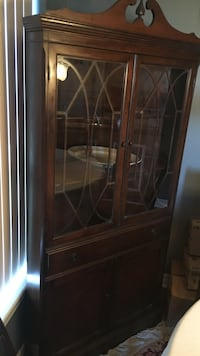 brown wooden framed glass display cabinet Toronto, M2N 7K2