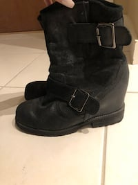 Aldo black booties size 6