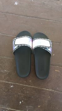 Pink Victoria secret slides  Middletown, 06457
