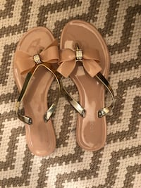 Beige and gold bow sandals  Lake Mary, 32746