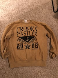 Crooks and castle sweater size L Surrey, V3W 5L7