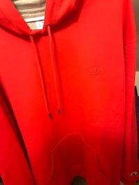 Champion pullover size XL Naperville, 60563